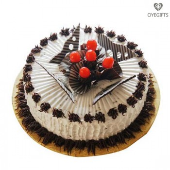 1kg Eggless Chocolate Cherry Charm Cake