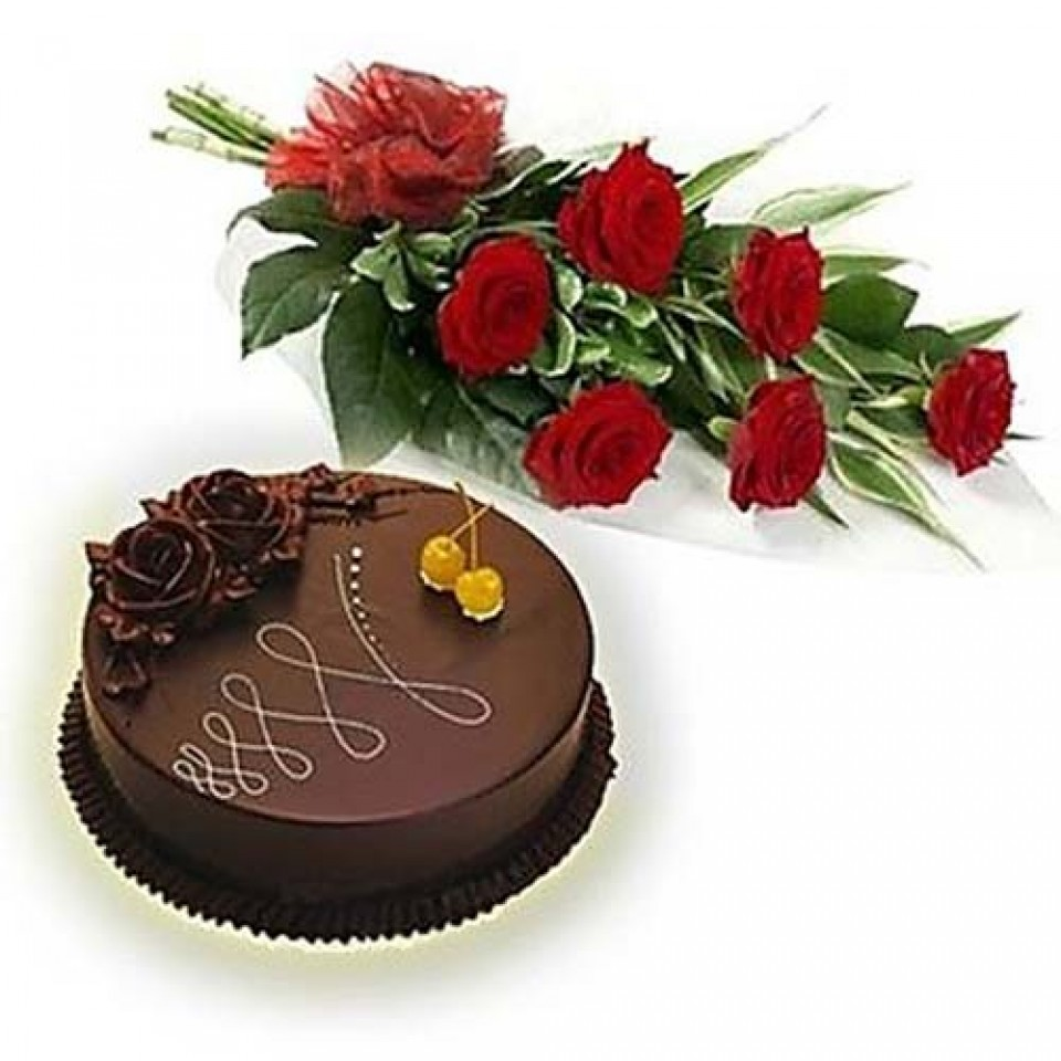 Online 6 red roses bouquet with half kg chocolate cake delivery fancybox izmirmasajfo